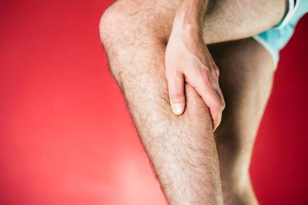 Боль в ногах при варикозе симптомы как болят что делать чем унять