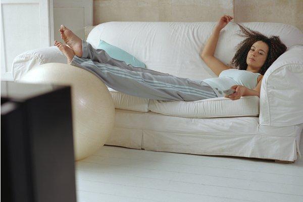 Упражнения на кровати